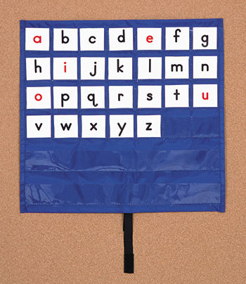 CD-5639 - Pocket Chart Making Words Mat 17 X 17 & Up 102 2-Sided Cards in Pocket Charts