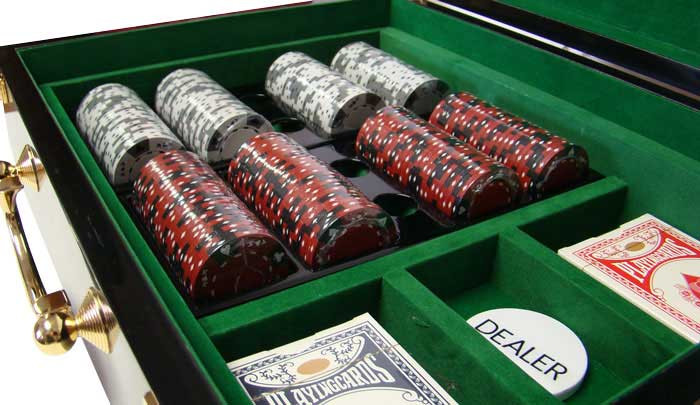 Ace King Suited 500pc Poker Chip Set w/Hi Gloss Case